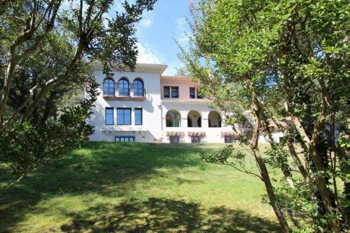 Maison de luxe à vendre CIBOURE, 635 m², 5 Chambres, 3900000€