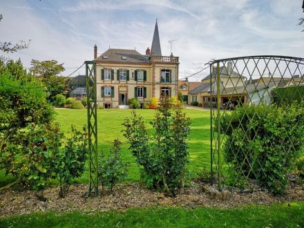 Maison de luxe à vendre PACY SUR EURE, 300 m², 980000€