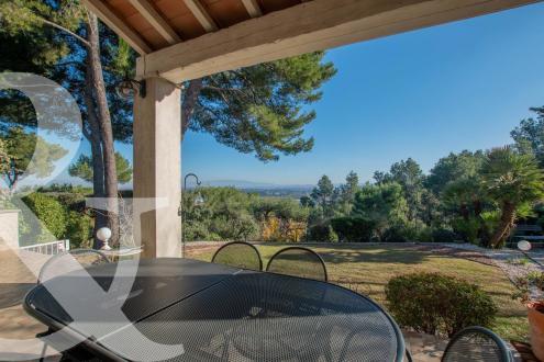 Maison de luxe à vendre SAINT REMY DE PROVENCE, 229 m², 5 Chambres, 945000€