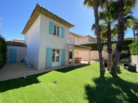 Luxury House for rent SAINTE MAXIME, 127 m², 3 Bedrooms,