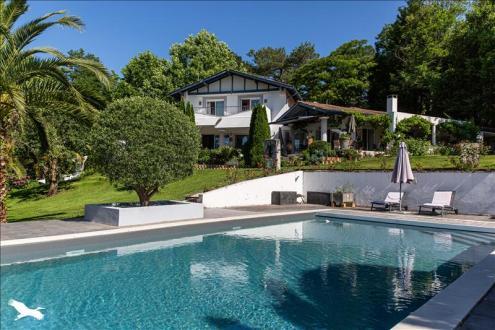Luxus-Haus zu verkaufen BIDART, 240 m², 5 Schlafzimmer, 1751000€