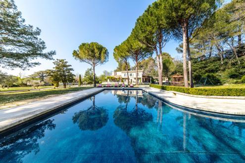 Luxury House for rent SAINT REMY DE PROVENCE, 450 m², 7 Bedrooms,