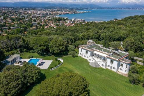 Maison de luxe à louer CAP D'ANTIBES, 1200 m², 10 Chambres,
