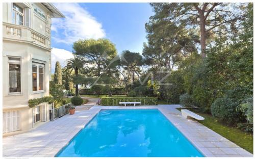 Luxury House for rent SAINT JEAN CAP FERRAT, 290 m², 5 Bedrooms,