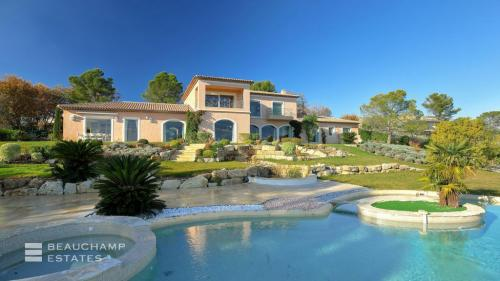 Luxury House for rent MOUGINS, 780 m², 6 Bedrooms,