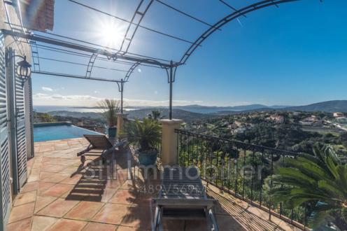 Villa de luxe à vendre SAINTE MAXIME, 210 m², 4 Chambres, 1895000€