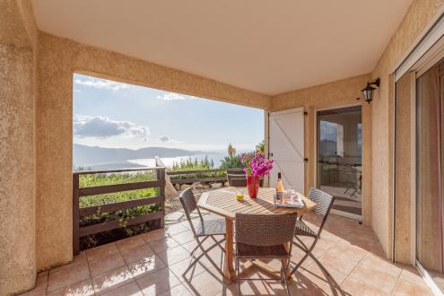 Luxury House for sale OLMETO, 262 m², 8 Bedrooms, €935000