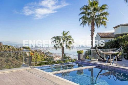 Luxury Villa for sale VALLAURIS, 300 m², 5 Bedrooms, € 2 950 000
