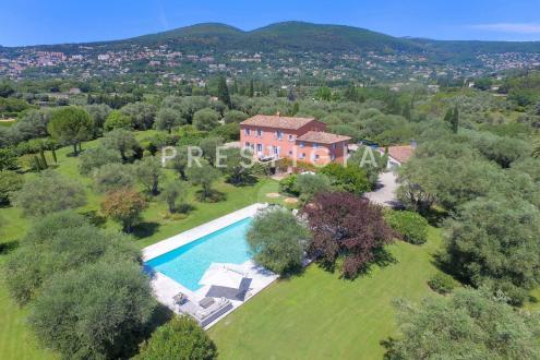 Luxus-Liegenschaft zu verkaufen GRASSE, 300 m², 5 Schlafzimmer, 3250000€