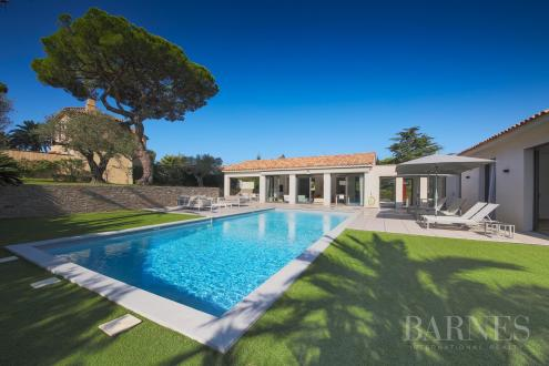 Casa di lusso in affito SAINT TROPEZ, 301 m², 5 Camere,