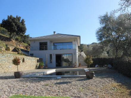 Luxus-Villa zu verkaufen OLETTA, 250 m², 6 Schlafzimmer, 1790250€