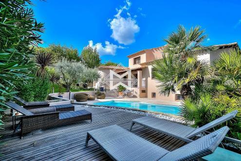 Maison de luxe à vendre MOUGINS, 183 m², 4 Chambres, 1290000€