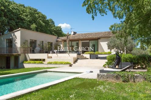 Maison de luxe à louer SAINT REMY DE PROVENCE, 365 m², 6 Chambres,