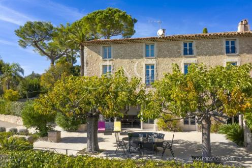 Villa de luxe à vendre MOUGINS, 270 m², 6 Chambres, 3700000€