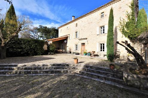 Luxe Domein  te koop UZES, 257 m², 875000€