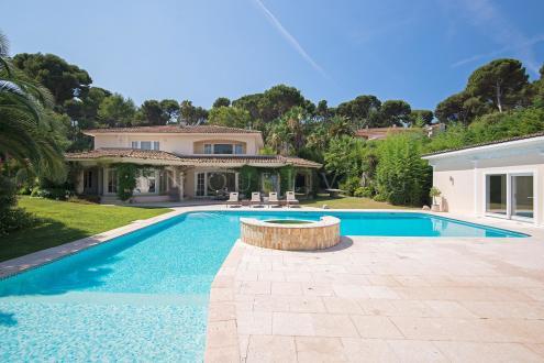 Maison de luxe à vendre CAP D'ANTIBES, 460 m², 7 Chambres, 13500000€