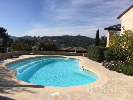 Villa di lusso in vendita VALLAURIS, 170 m², 4 Camere, 945000€
