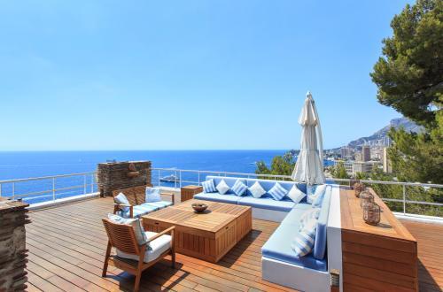 Luxe Villa te koop ROQUEBRUNE CAP MARTIN, 710 m², 6 Slaapkamers, 24900000€
