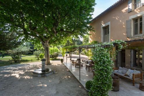 Farm di lusso in vendita L'ISLE SUR LA SORGUE, 300 m², 4 Camere, 1420000€