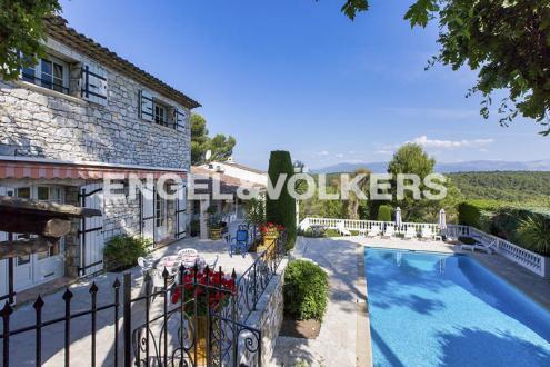Villa de luxe à vendre ANTIBES, 550 m², 8 Chambres, 1810000€