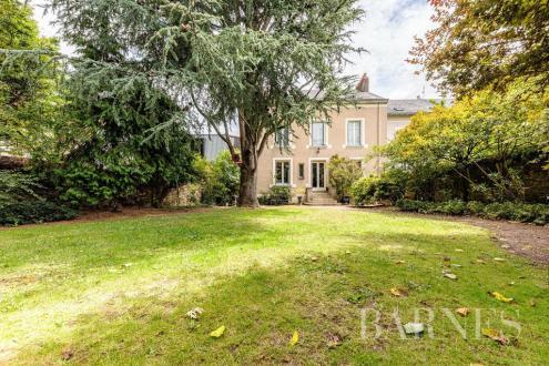 Maison de luxe à vendre NANTES, 293 m², 6 Chambres, 1350700€