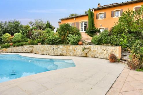 Luxury Villa for sale ANTIBES, 200 m², €1890000