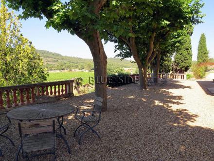Propriété équestre et viticole de luxe à vendre LORGUES, 1100 m²