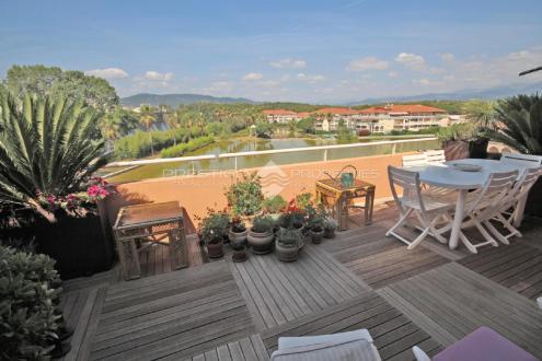 Luxus-Wohnung zu verkaufen LE CANNET, 114 m², 2 Schlafzimmer, 595000€