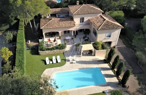 Maison de luxe à vendre SAINT RAPHAEL, 220 m², 4 Chambres, 1250000€