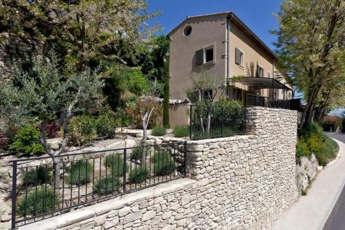 Villa di lusso in vendita LACOSTE, 120 m², 3 Camere, 530000€