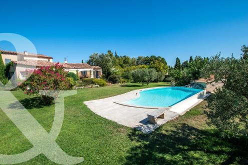 Maison de luxe à vendre SAINT REMY DE PROVENCE, 215 m², 4 Chambres, 1297000€