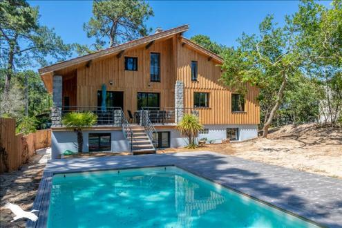 Дом класса люкс на продажу  Леж-Кап-Ферре, 267 м², 8 Спальни, 1792000€