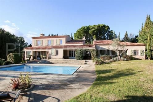 Maison de luxe à vendre AIX EN PROVENCE, 260 m², 8 Chambres, 965000€