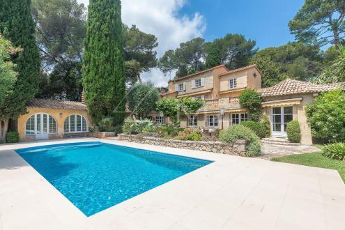 Luxus-Villa zu verkaufen ANTIBES, 360 m², 5 Schlafzimmer, 3300000€