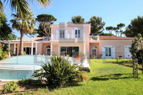 Villa de luxe à vendre SAINT AYGULF, 250 m², 4 Chambres, 1500000€