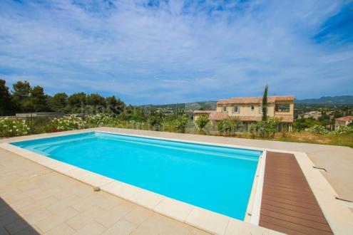 Villa de luxe à vendre VAISON LA ROMAINE, 200 m², 4 Chambres, 669500€