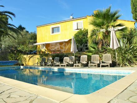 Luxus-Haus zu verkaufen LES ADRETS DE L'ESTEREL, 200 m², 3 Schlafzimmer, 699000€