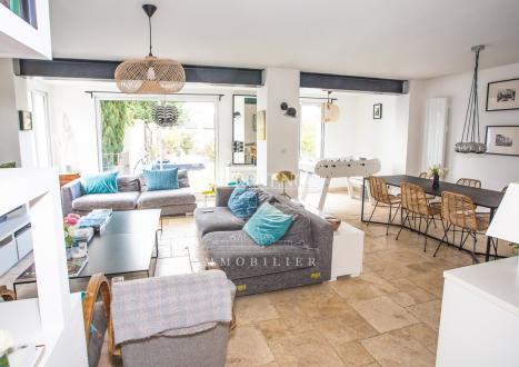 Villa de luxe à vendre AIX EN PROVENCE, 147 m², 5 Chambres, 695000€