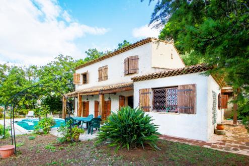 Maison de luxe à vendre MENTON, 235 m², 5 Chambres, 1400000€