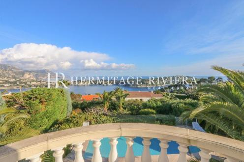 Дом класса люкс на продажу  Ницца, 180 м², 4 Спальни, 2700000€