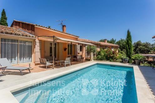 Villa de luxe à vendre ROUSSILLON, 190 m², 4 Chambres, 625000€