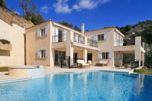 Luxury House for rent VILLEFRANCHE SUR MER, 300 m², 5 Bedrooms,