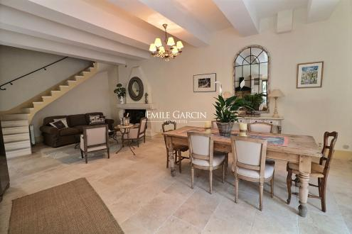 Maison de luxe à vendre EYGALIERES, 120 m², 3 Chambres, 650000€