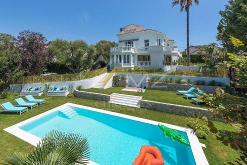 Дом класса люкс на продажу  Кап д'Антиб, 350 м², 6 Спальни, 6500000€