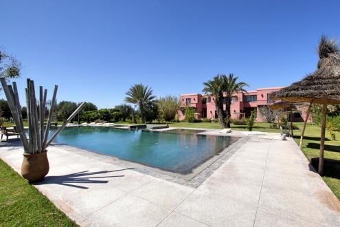 Proprietà di lusso in vendita MARRAKECH, 1000 m², 8 Camere, 1575000€