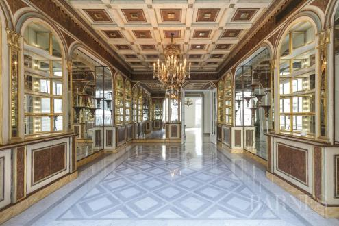 Luxury Apartment for sale PARIS 8E, 358 m², 5 Bedrooms