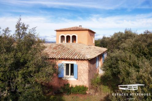 Casa di lusso in vendita BONNIEUX, 220 m², 5 Camere, 760000€