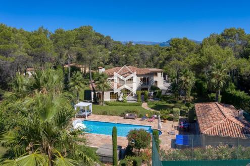 Maison de luxe à vendre MOUANS SARTOUX, 750 m², 7 Chambres