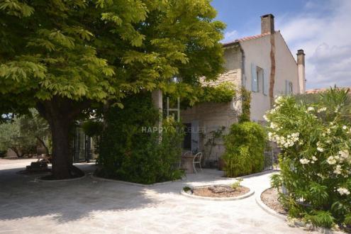 Propriété de luxe à vendre SAINT REMY DE PROVENCE, 250 m², 6 Chambres, 1643000€
