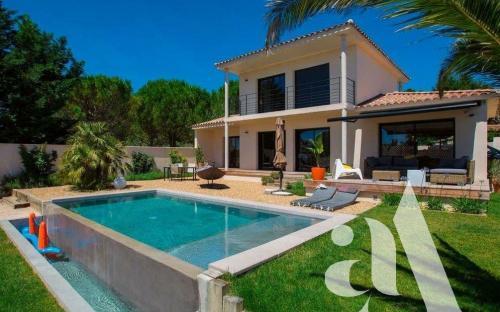 Maison de luxe à vendre SAINT REMY DE PROVENCE, 140 m², 3 Chambres, 783000€